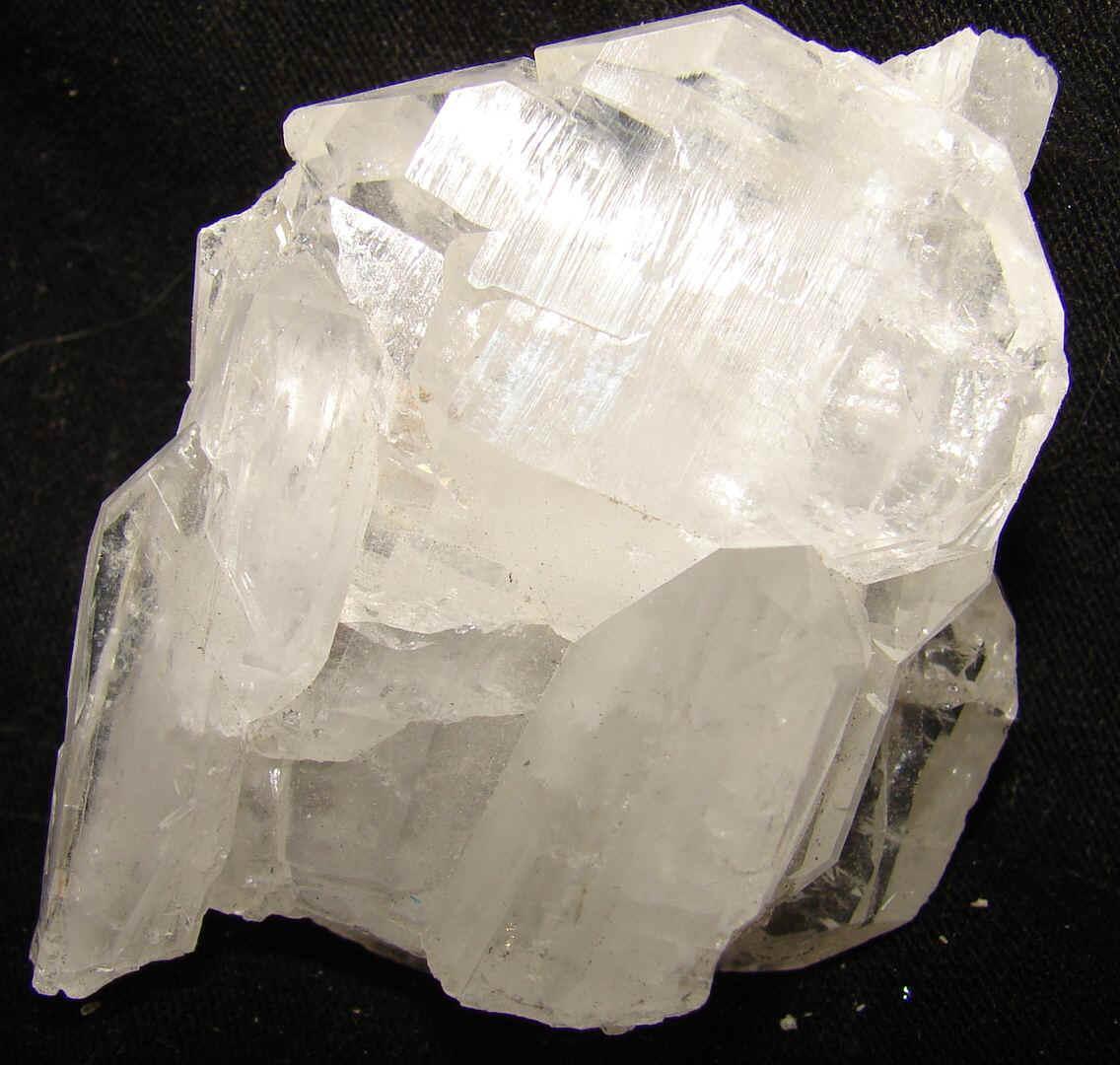 http://www.quartzcrystals.net/icexl-54.jpg (582341 bytes)