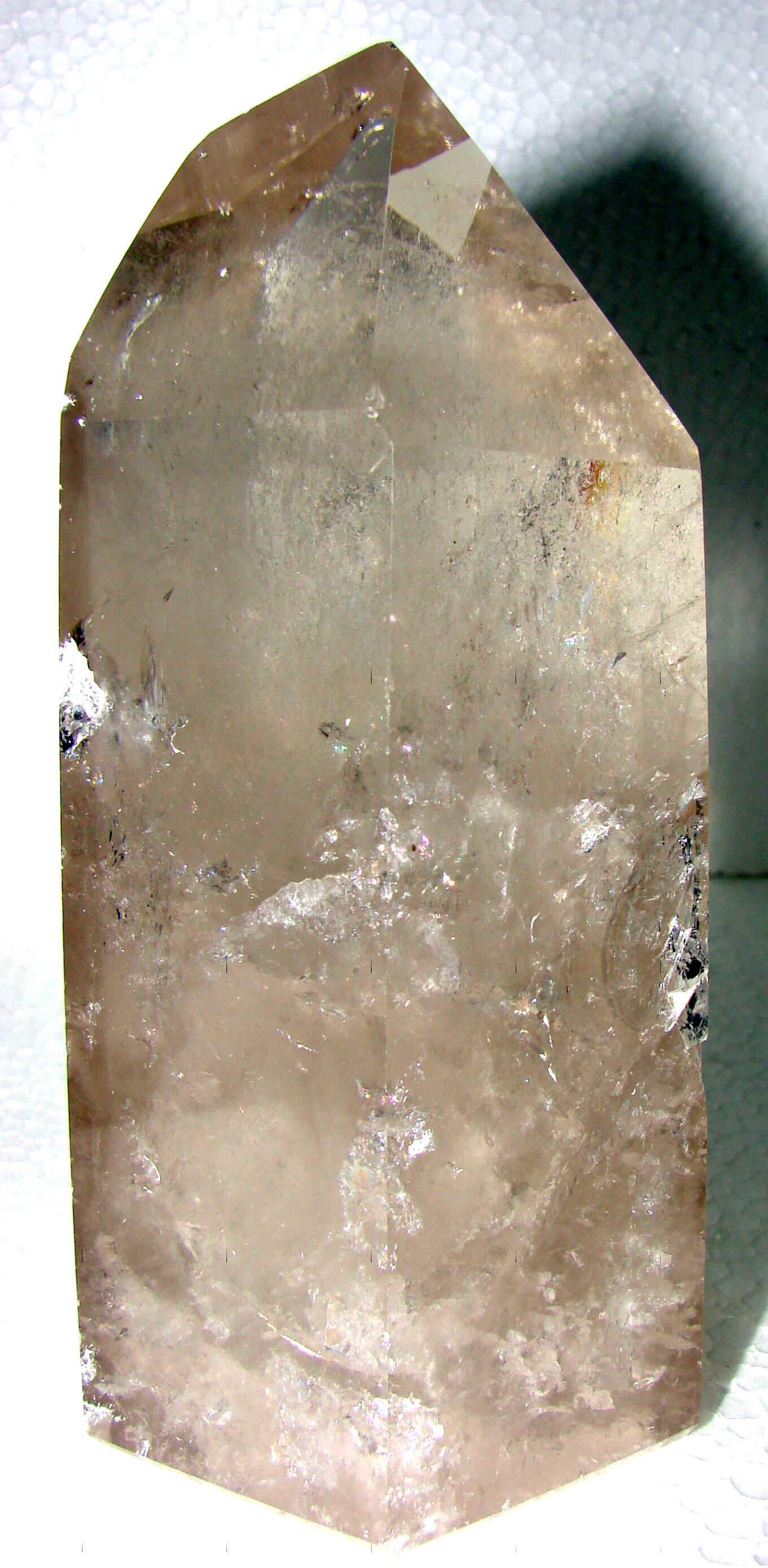 http://www.quartzcrystals.net/nusmok-2.jpg (807370 bytes)
