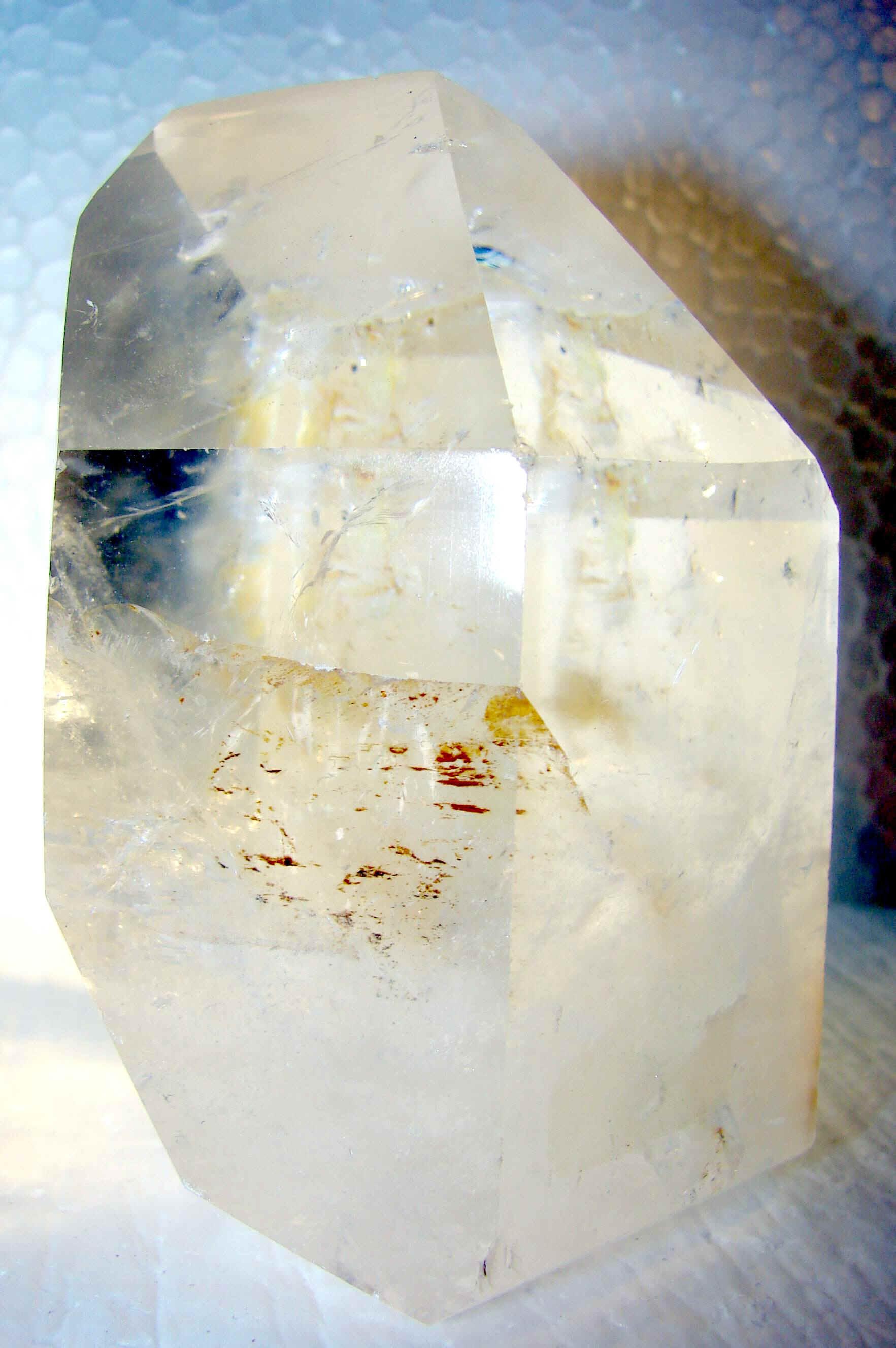 http://www.quartzcrystals.net/nuxl-20.jpg (807370 bytes)