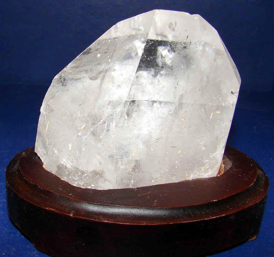 http://www.quartzcrystals.net/woodxl-12.jpg (582341 bytes)