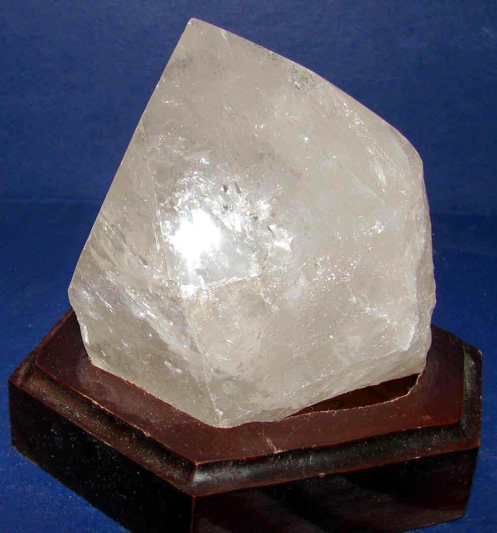 http://www.quartzcrystals.net/woodxl-15.jpg (582341 bytes)