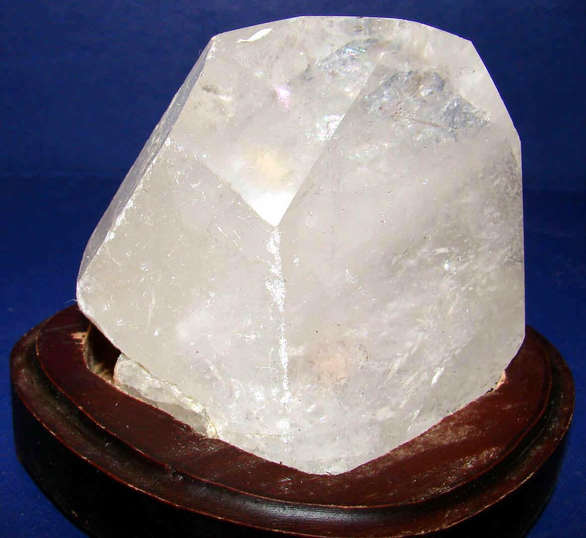 http://www.quartzcrystals.net/woodxl-8.jpg (582341 bytes)